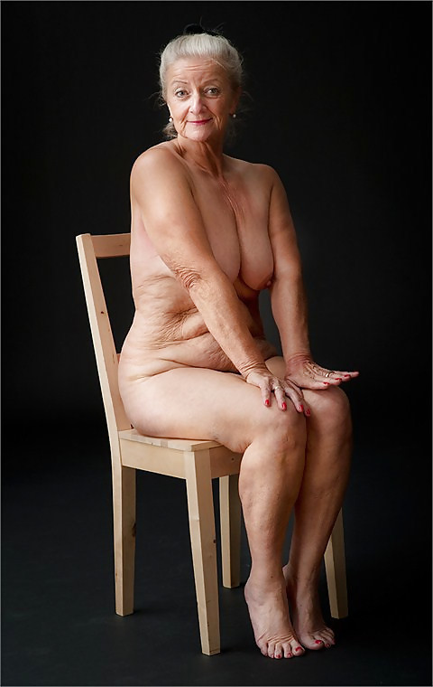 Pretty nude grandmothers 13