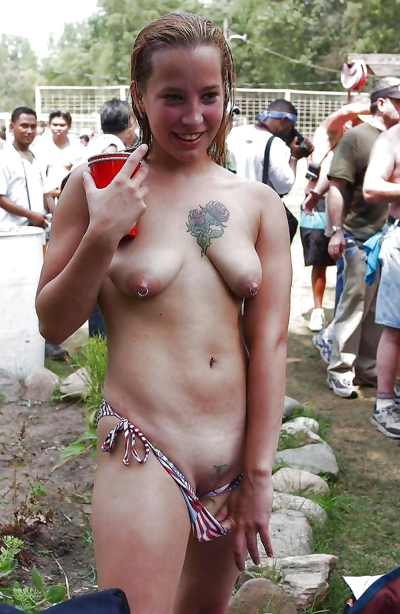 Nudist Pokies