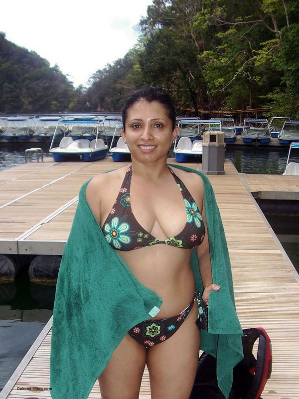 indian Free download busty