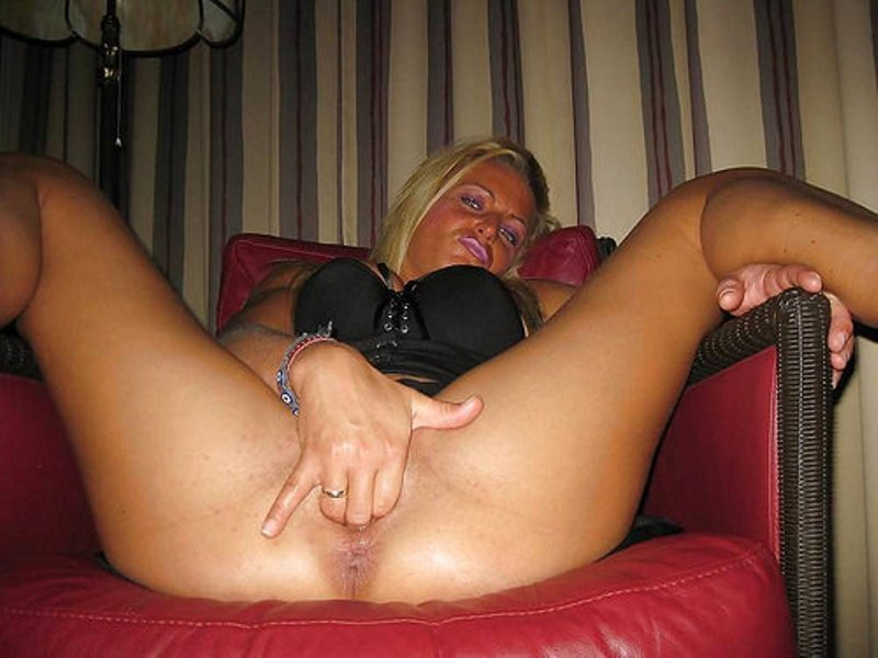 Mature and curvey
