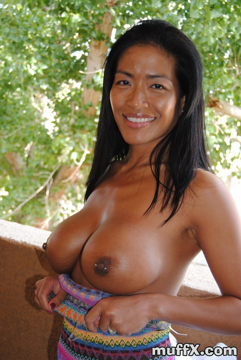 Asian milf tia
