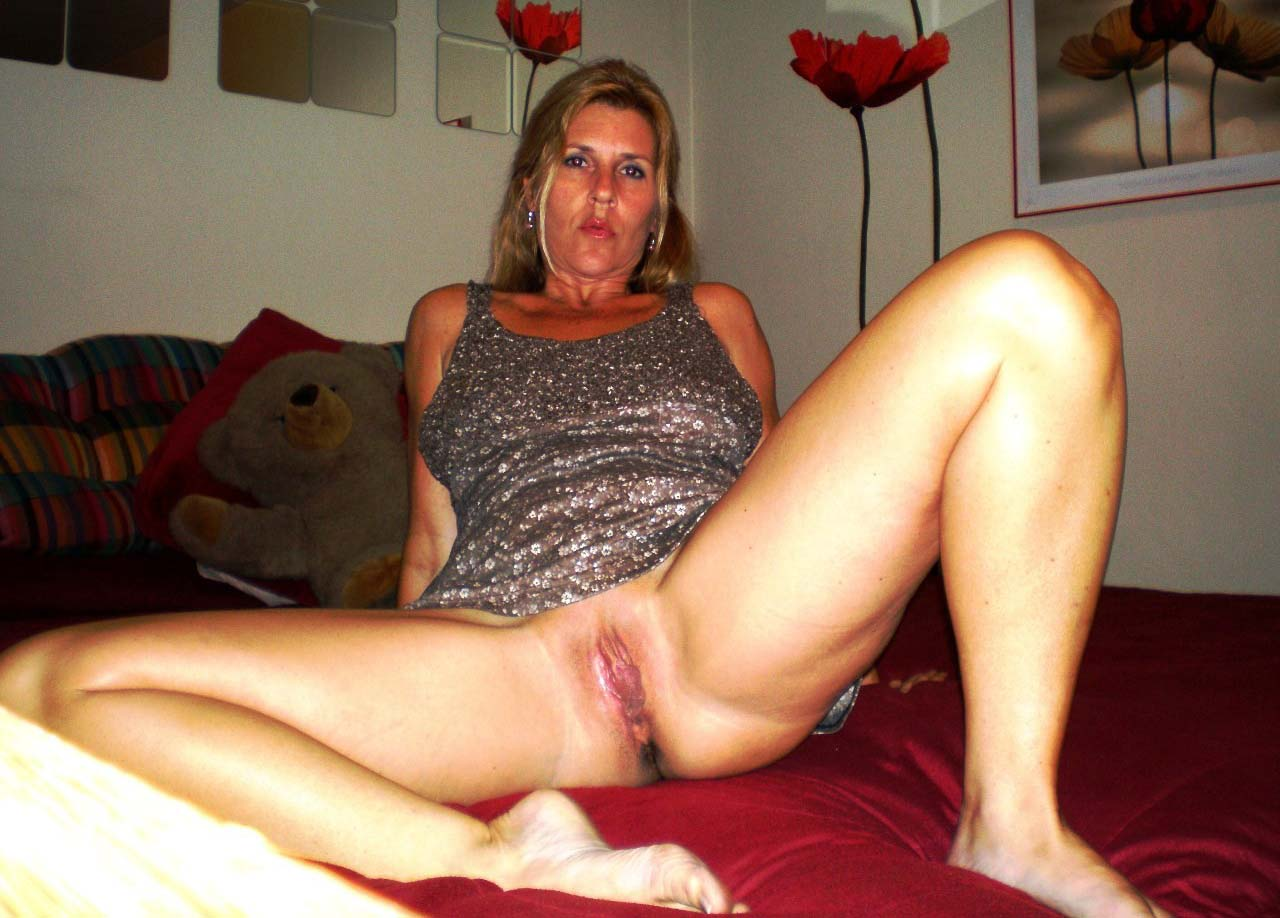 Amateur indiana wives nude