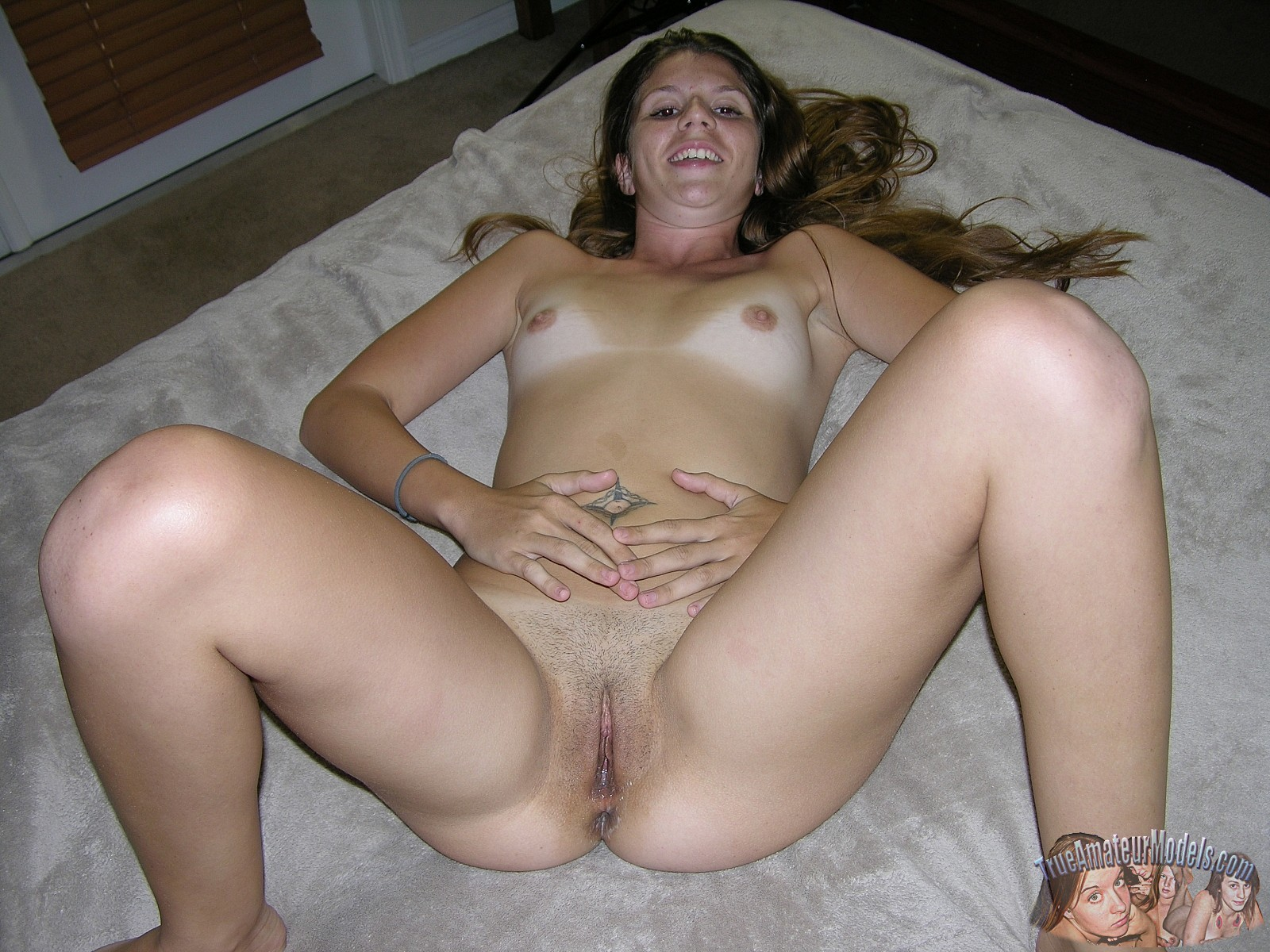 Amateur Redhead Wife Creampie
