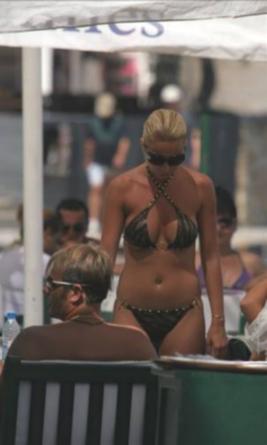 Turkish Singer Celebs Bikini Beach Summer 2011