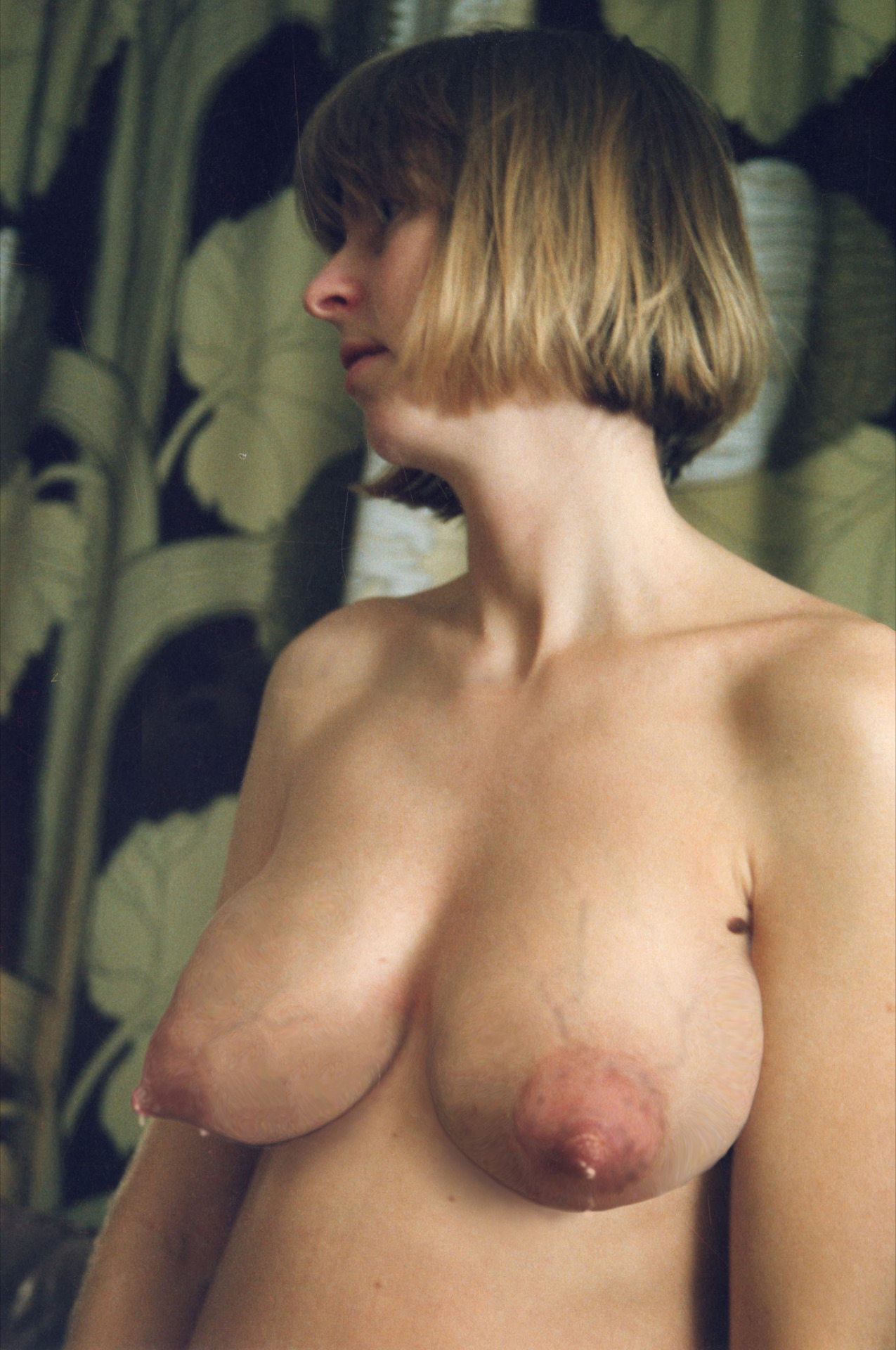 tits leaking Veiny tits tumblr xxx - Veiny tits tumblr xxx jpg 1275x1920