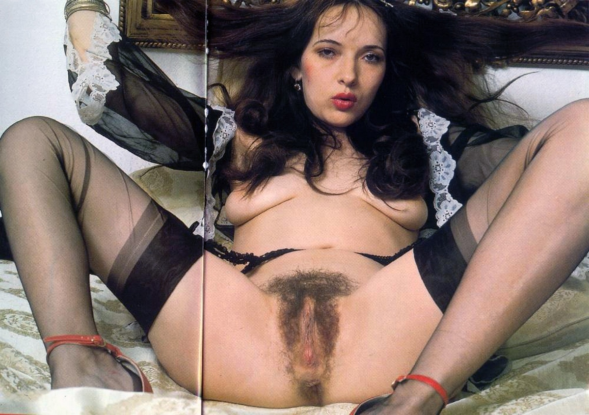 Hairy pussy in stockings galery