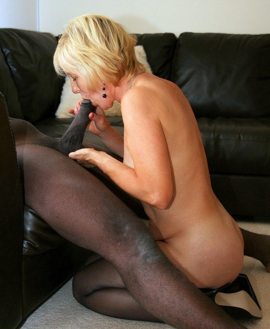 Porn pics of Mommy is a black cock slut #1 Page 1