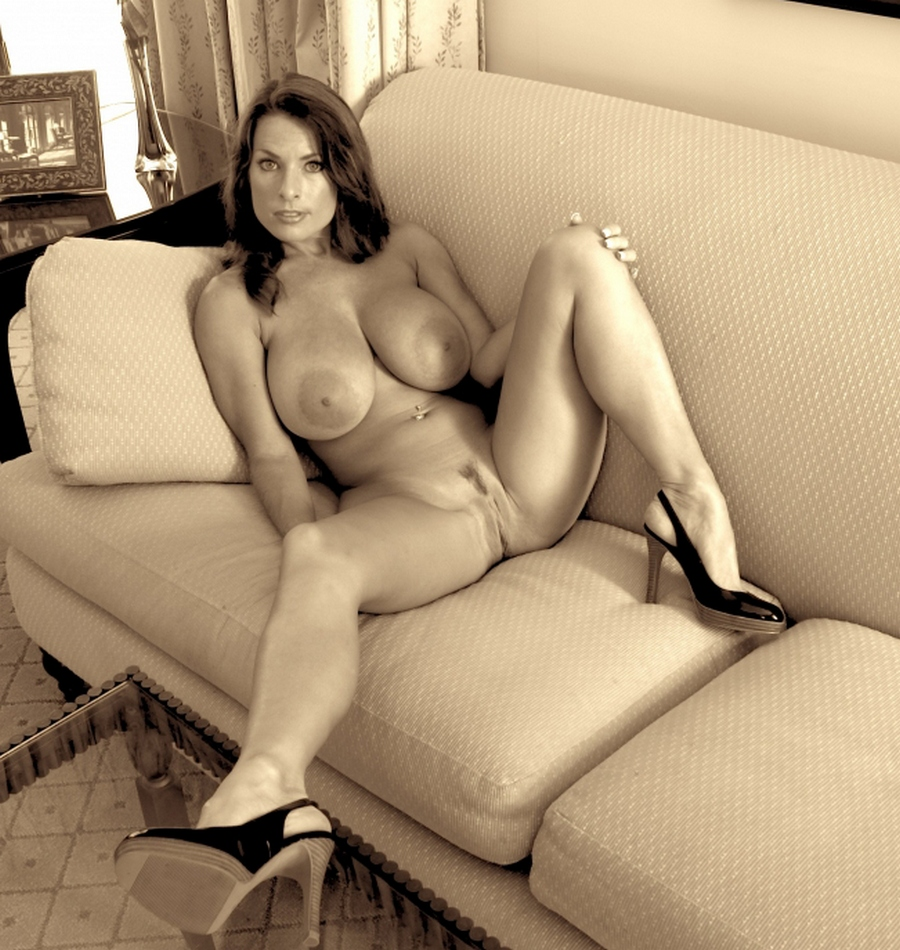 Hot couch milf