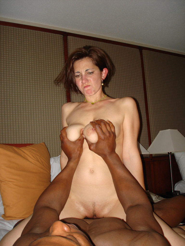 Amateur Wife Getting Fucked