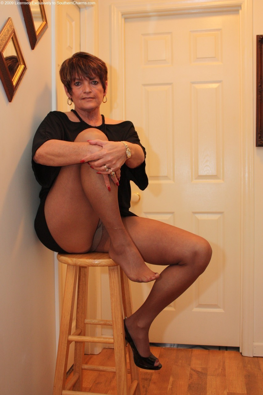 Think, that mature in pantyhose video something also