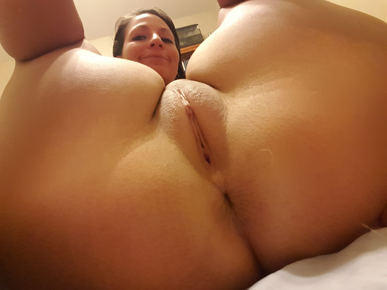 Smooth pussy pictures