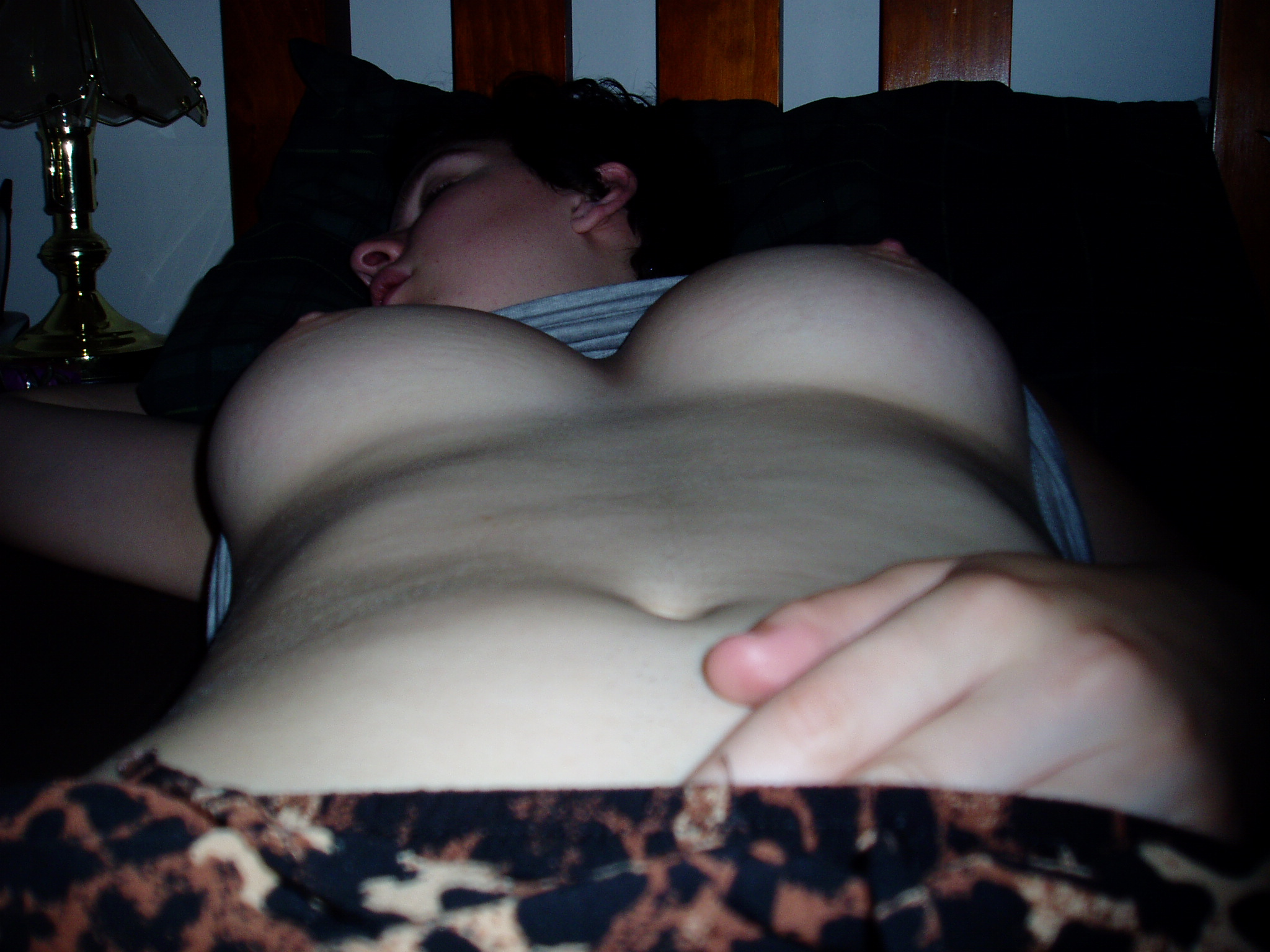 Passed out girl creampie