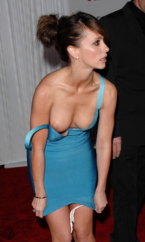 naked-side-jennifer-love-hewitt-fakes-hardcore