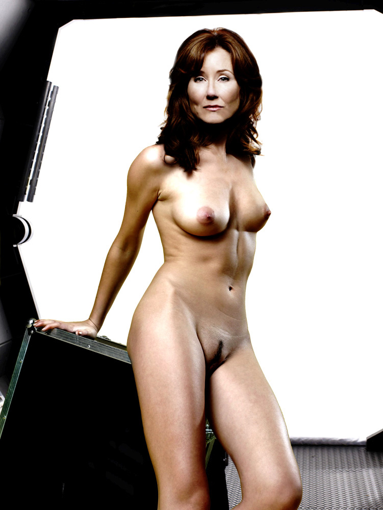 Mary Mcdonnel Nude