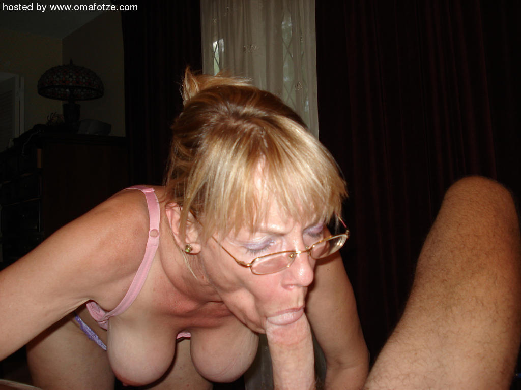 Amateur Granny Blow Job