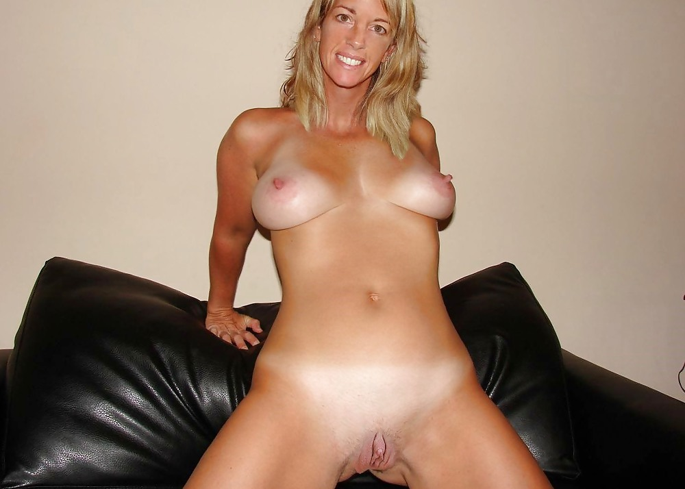 Big Teen Clit Photo Album - Amateur Adult Gallery