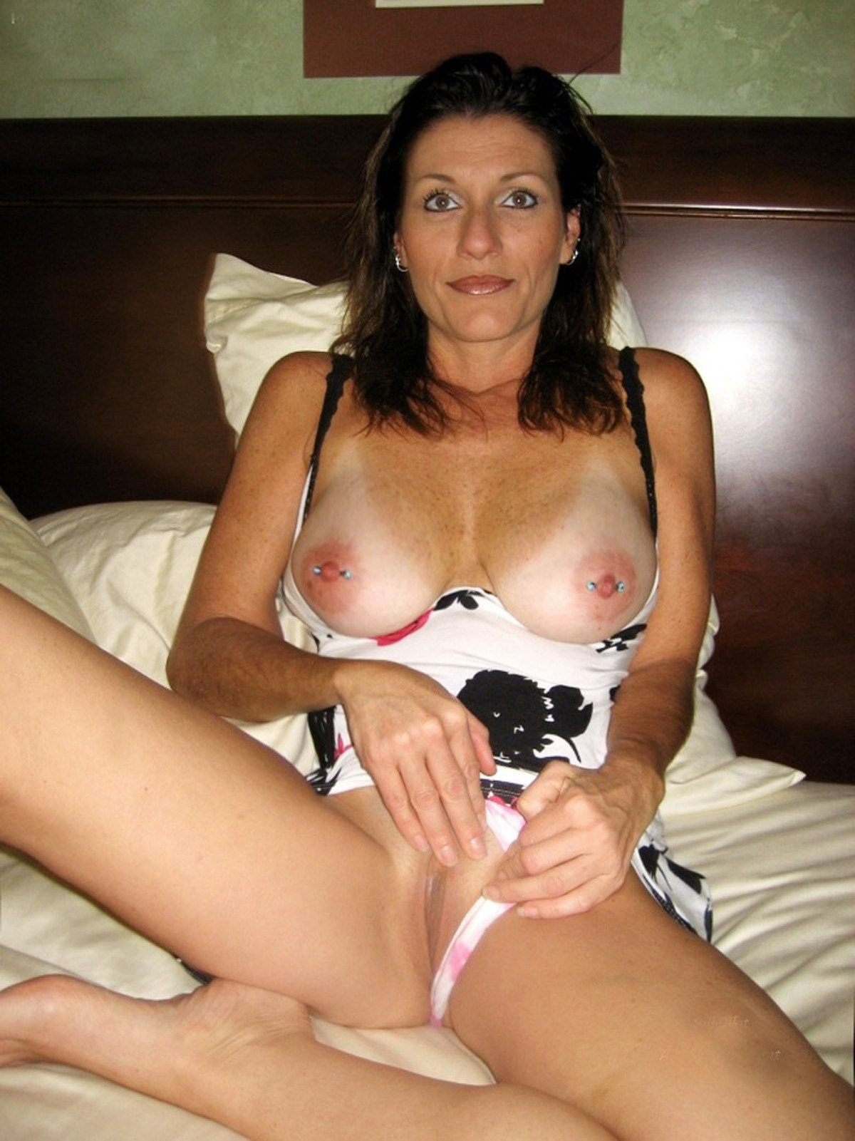 Have Real amateur wife naked