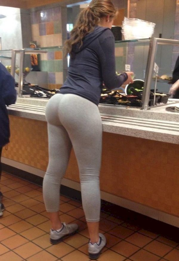 Seems voyeur yoga pants