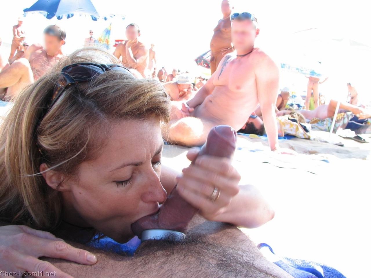 Crowded blowjob place in