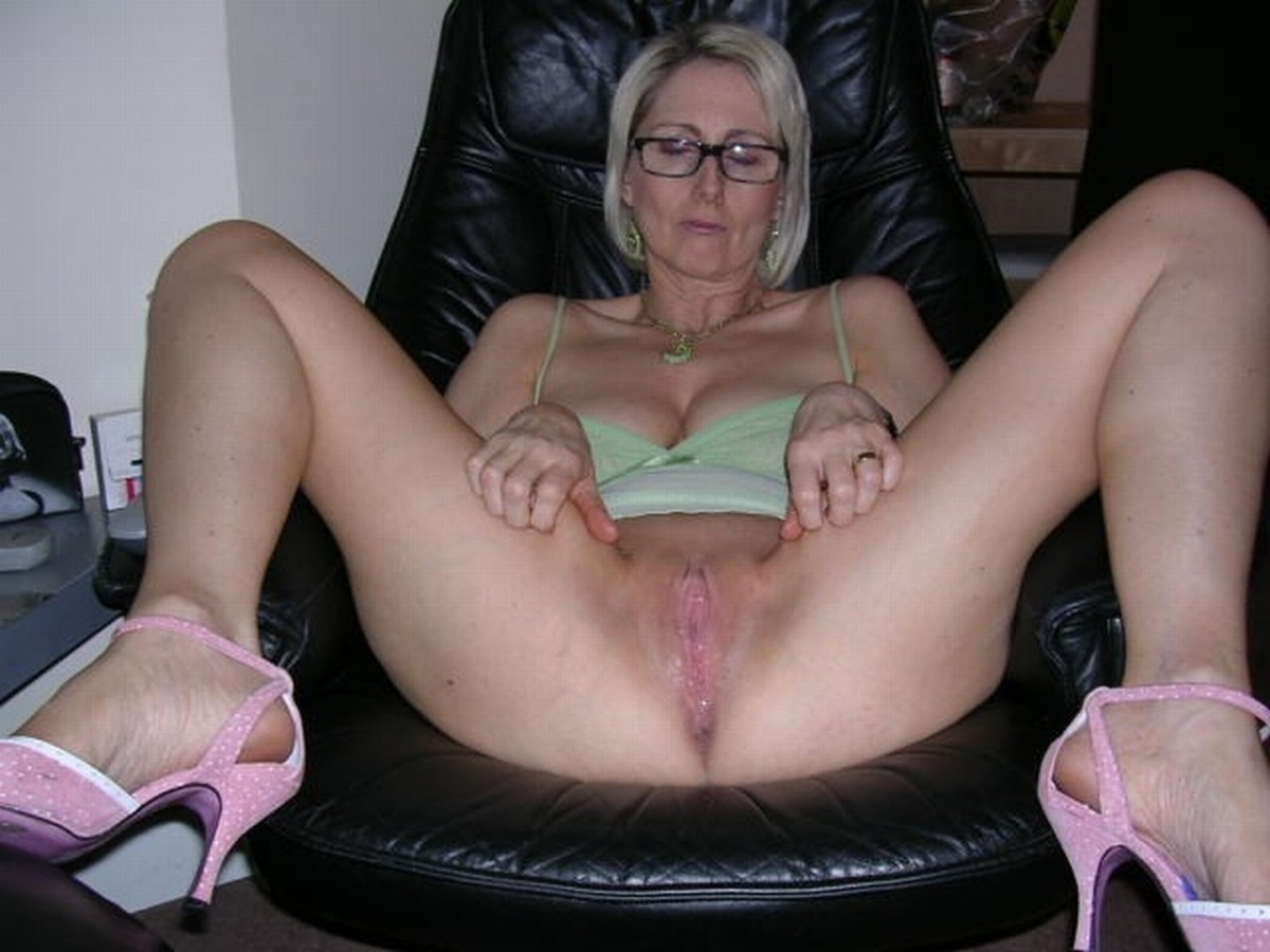 together group pussy mature spread