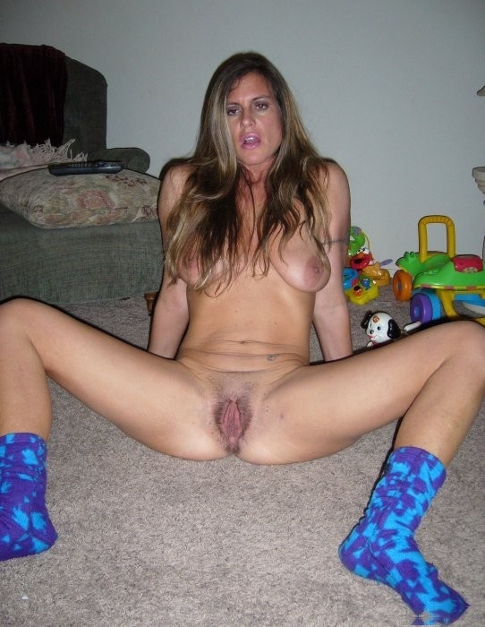 Amature naked house wives
