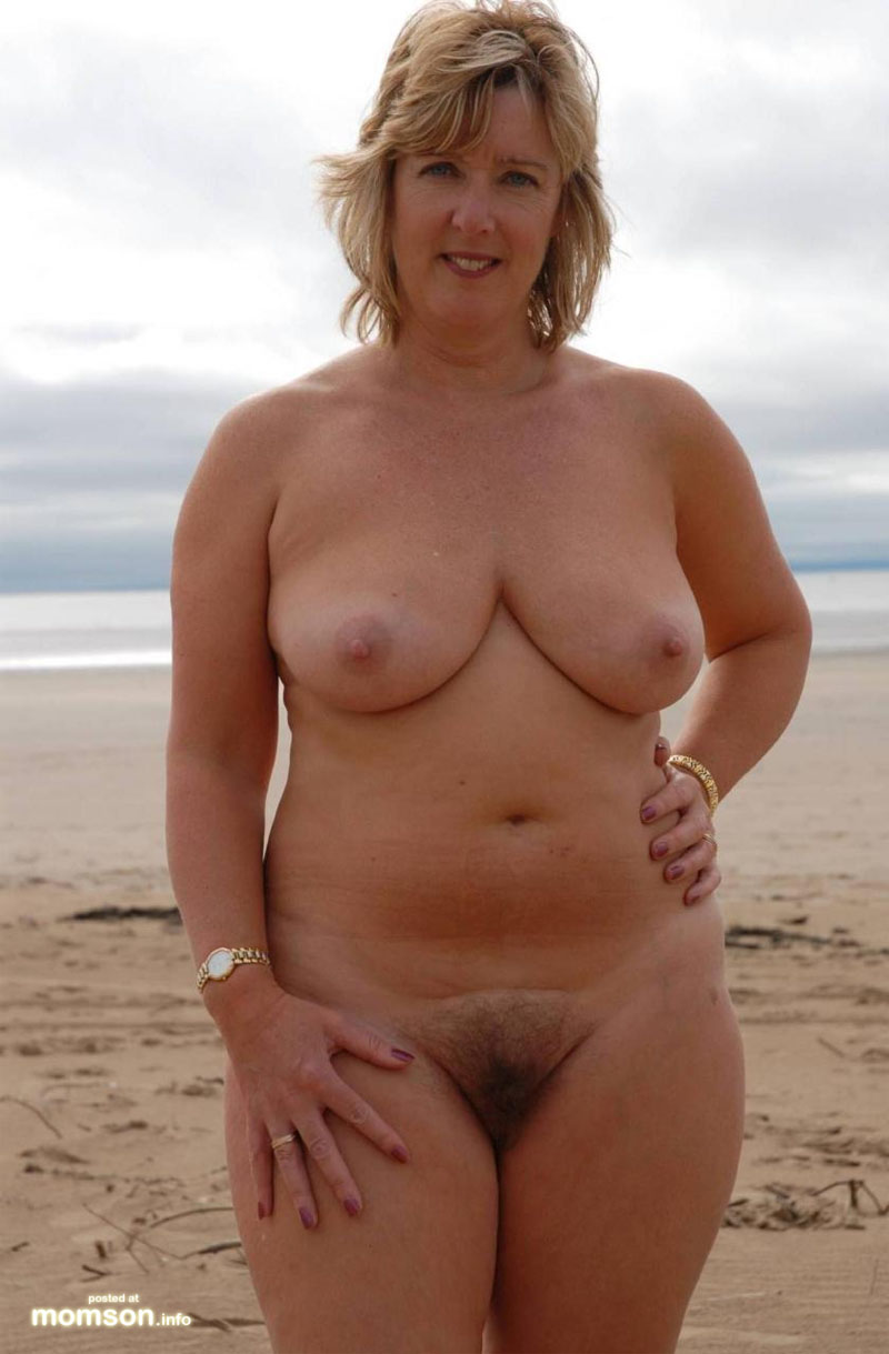 Consider, Sexy blonde naked mom sorry
