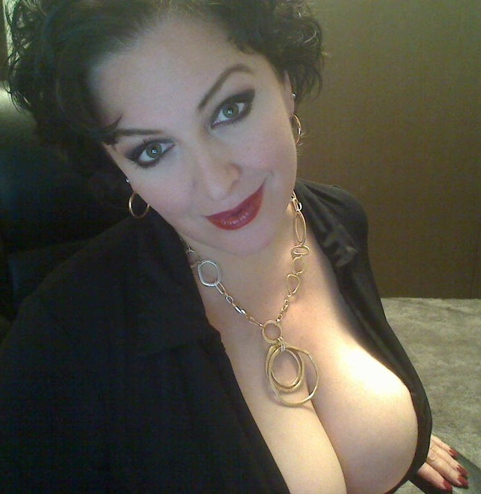 Milf slut showing cleavage