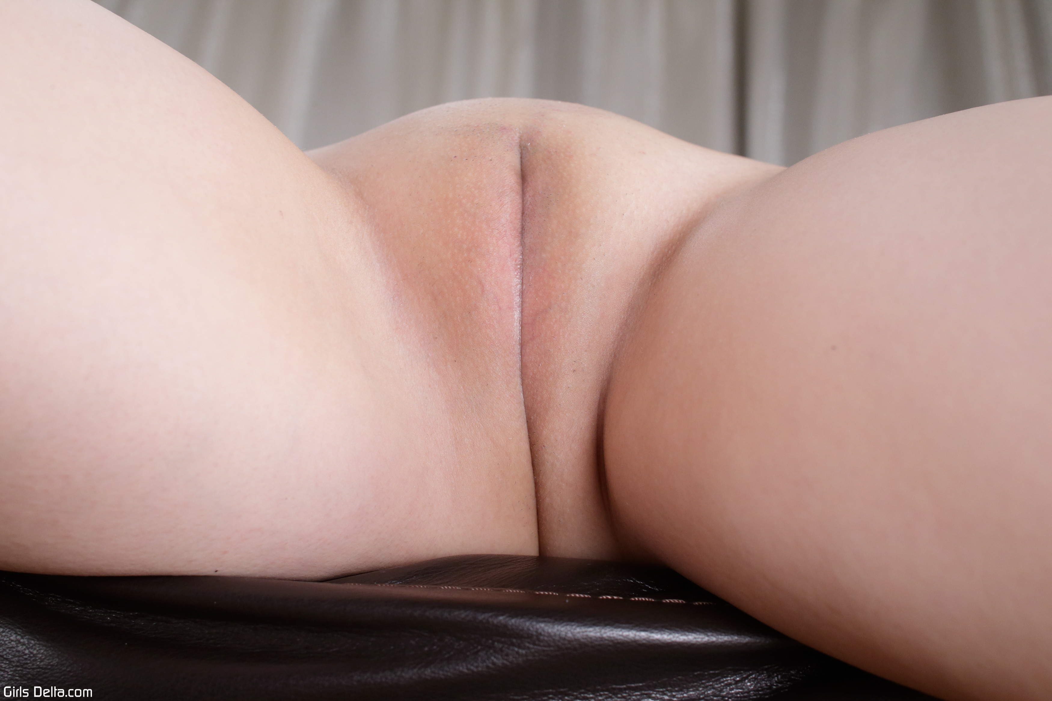 shaved-wet-and-pink