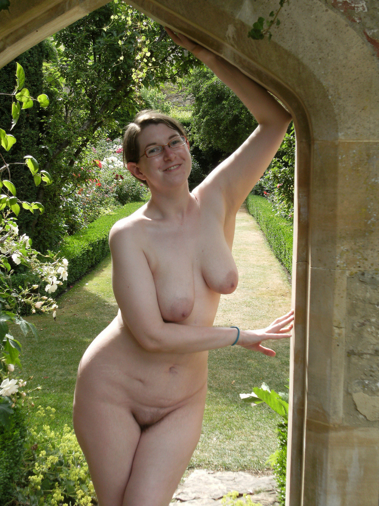 naked mom in the garden