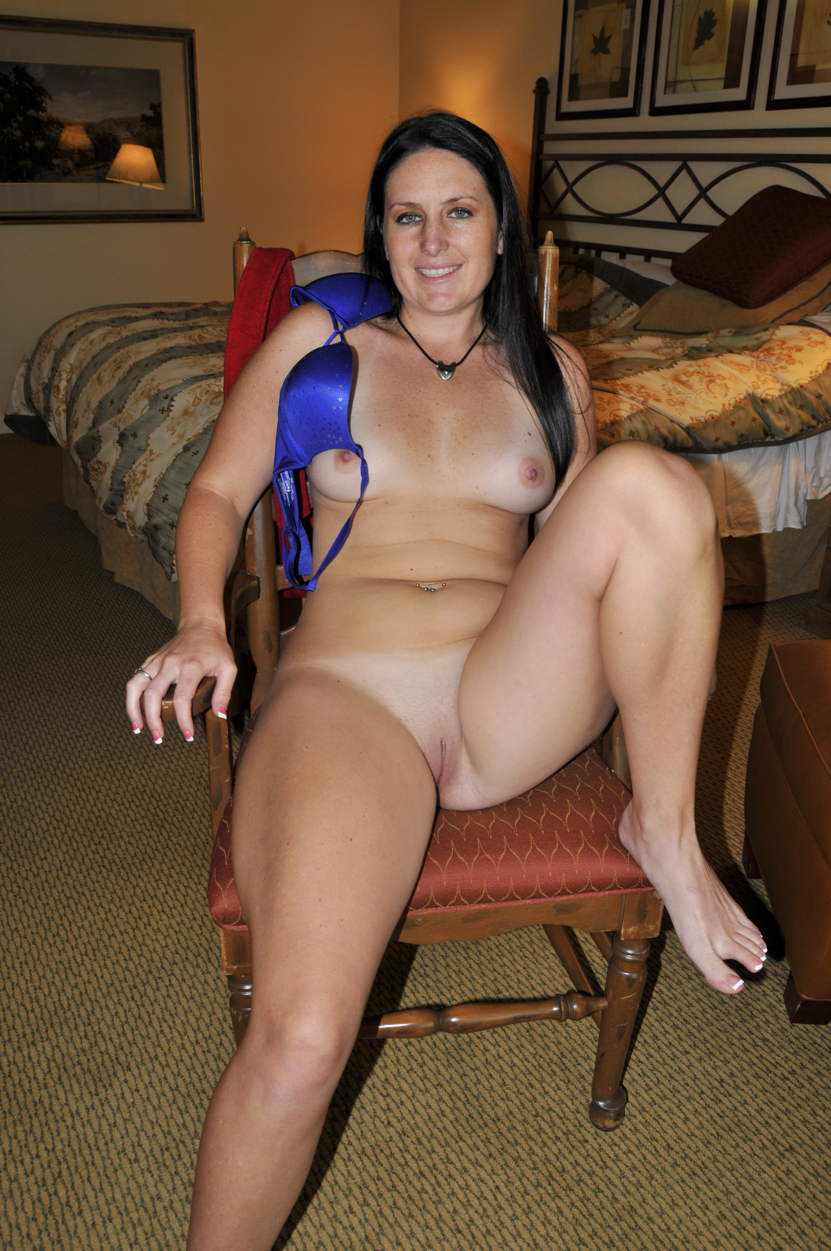 Female hung by clit