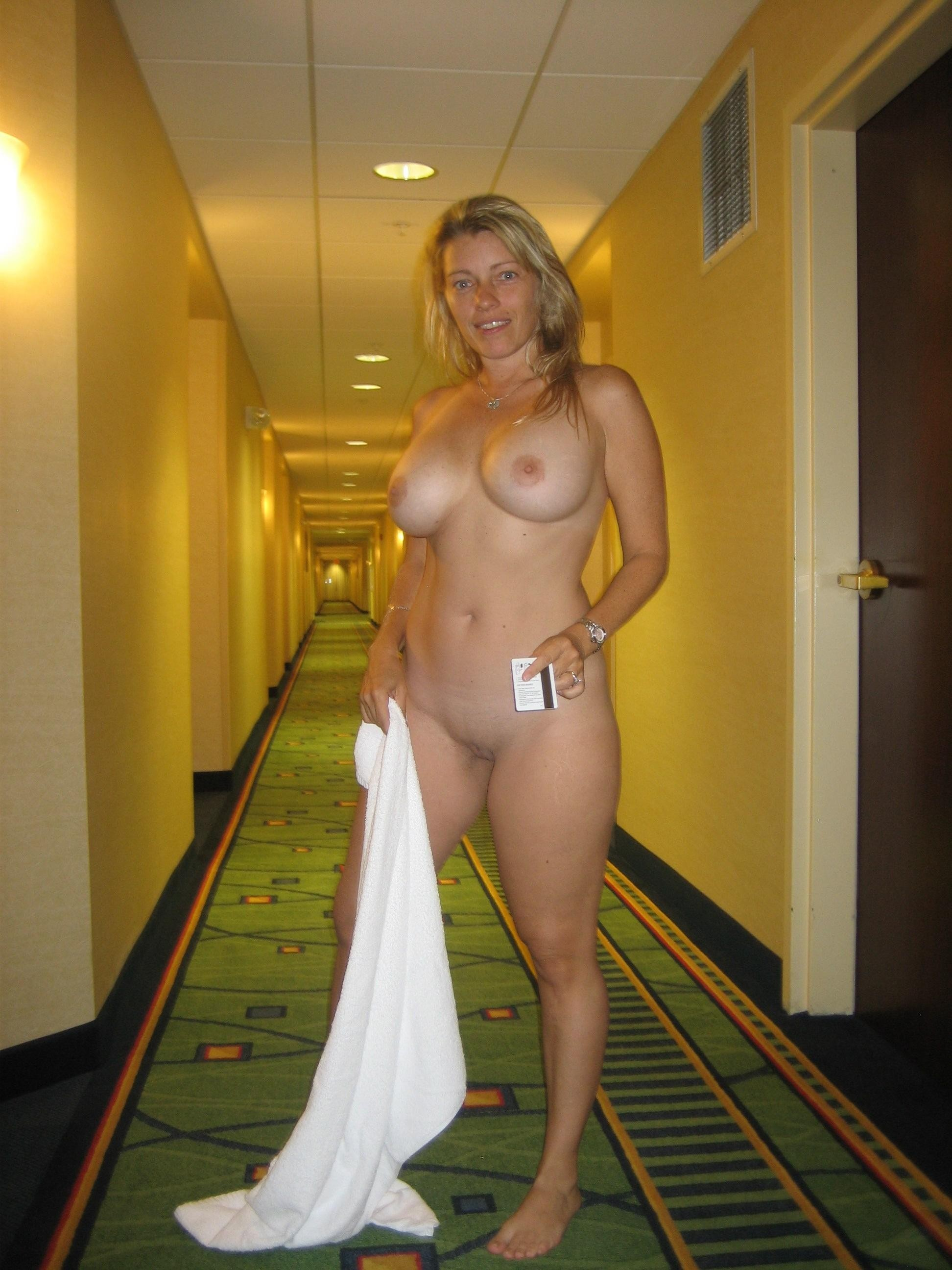 Hotel nude girl dare naked in