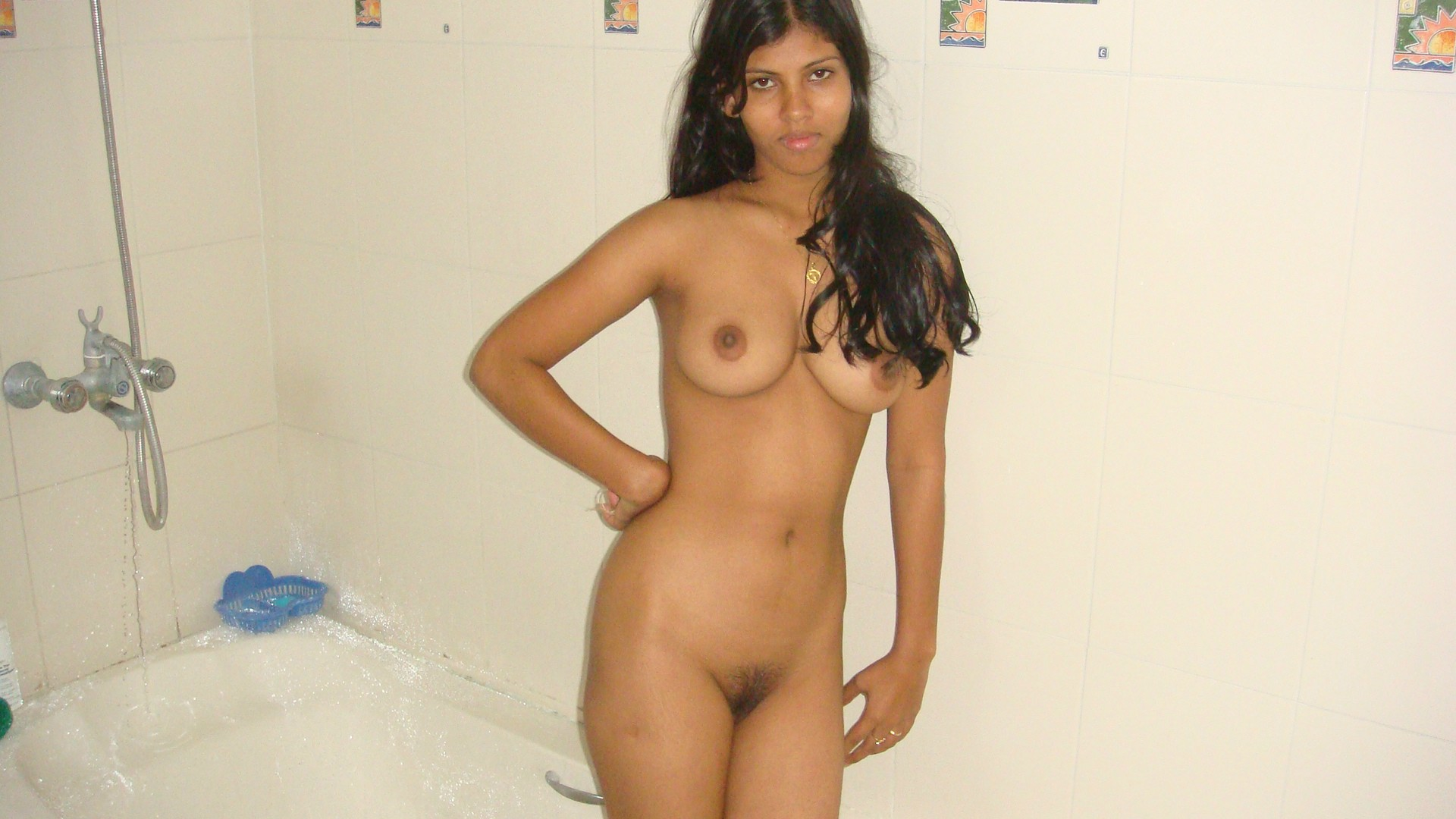 Bathing naked girls hentay image