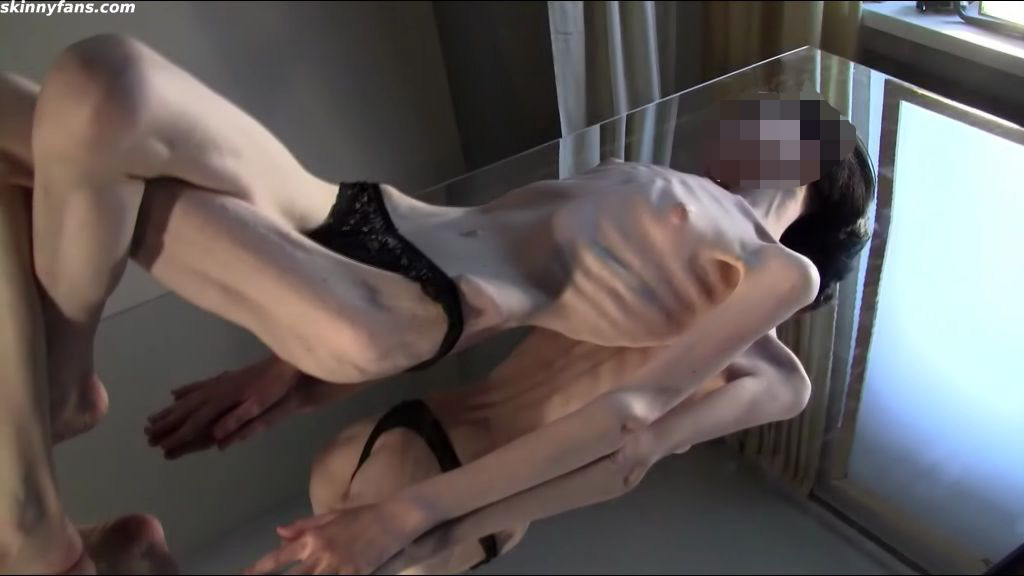 Anorexic pantyhose porn galery