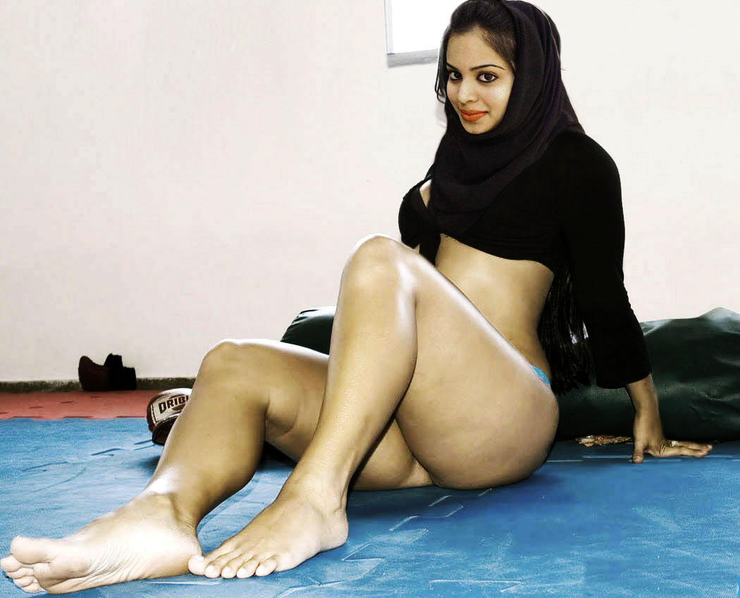 Arab college girls naked images 264