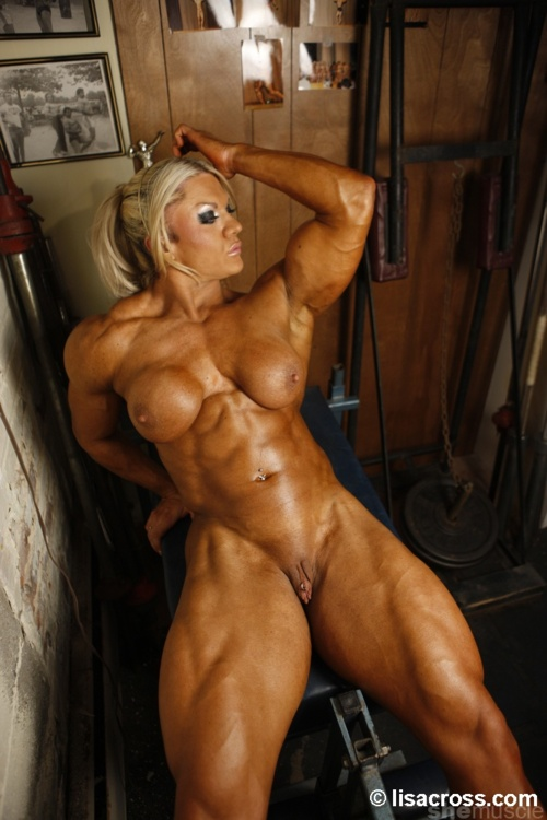 women bodybuilder Naked