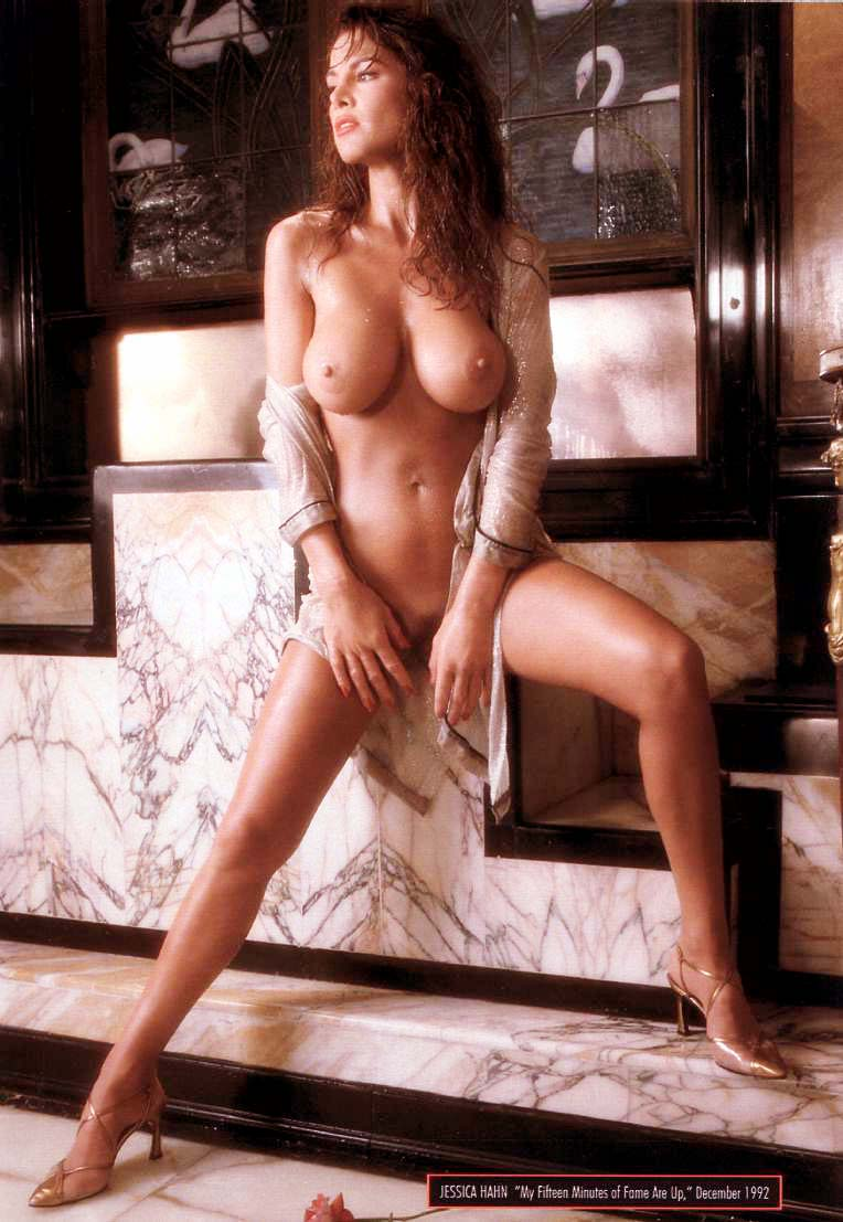 Pictures of nude cougars