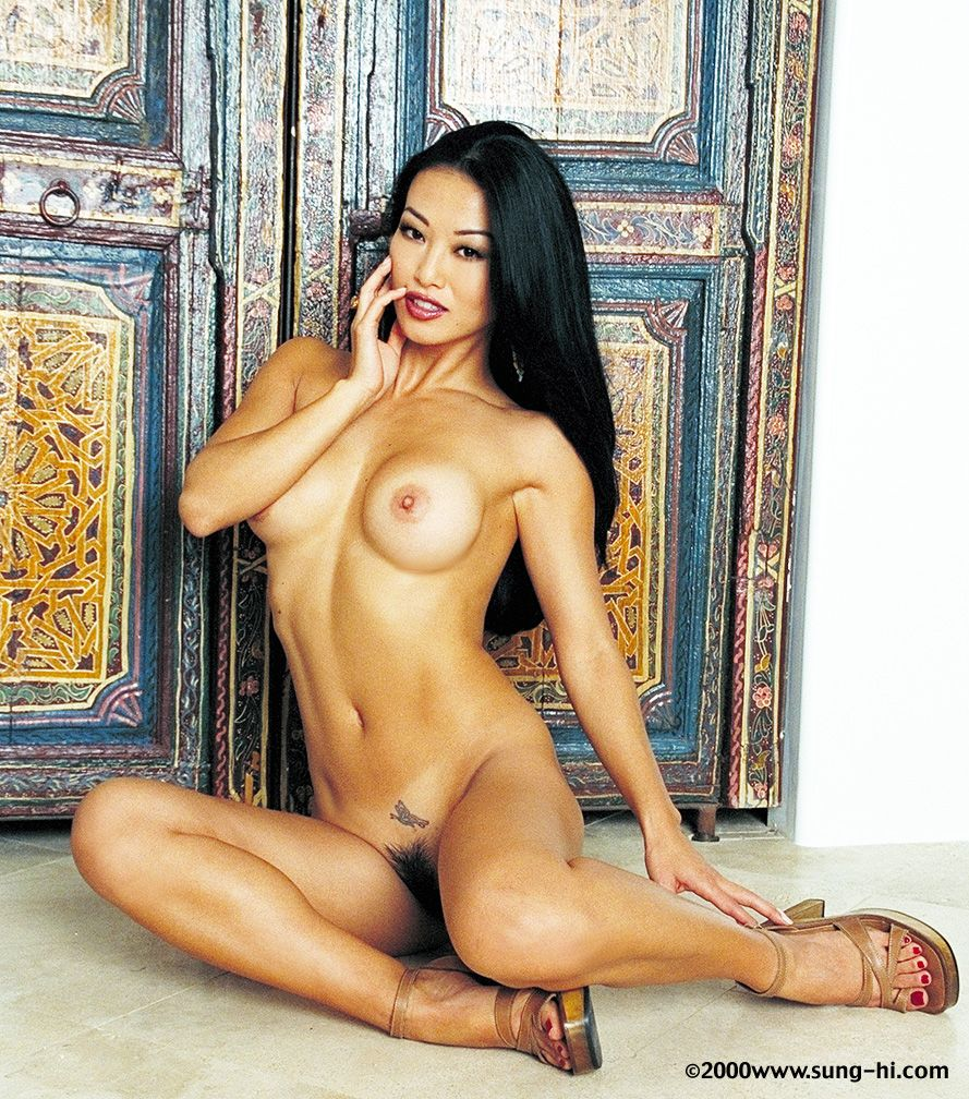 Topless Sung-Hi Lee nude (26 images) Hot, Twitter, lingerie
