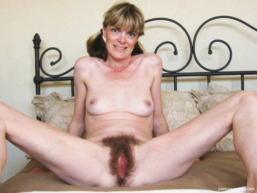 pussy hairy mature Amateur mom