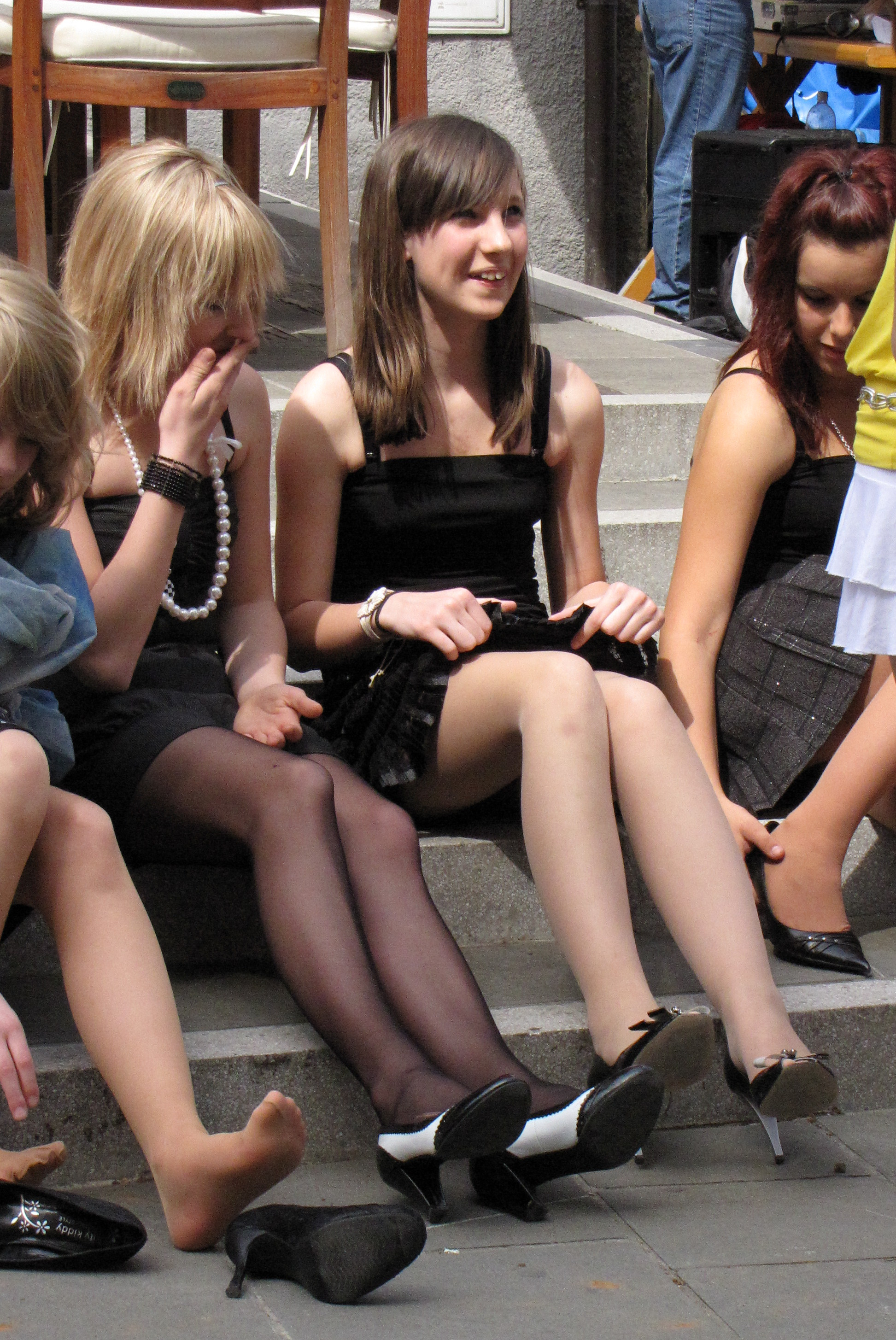 more lovely pantyhosed girls