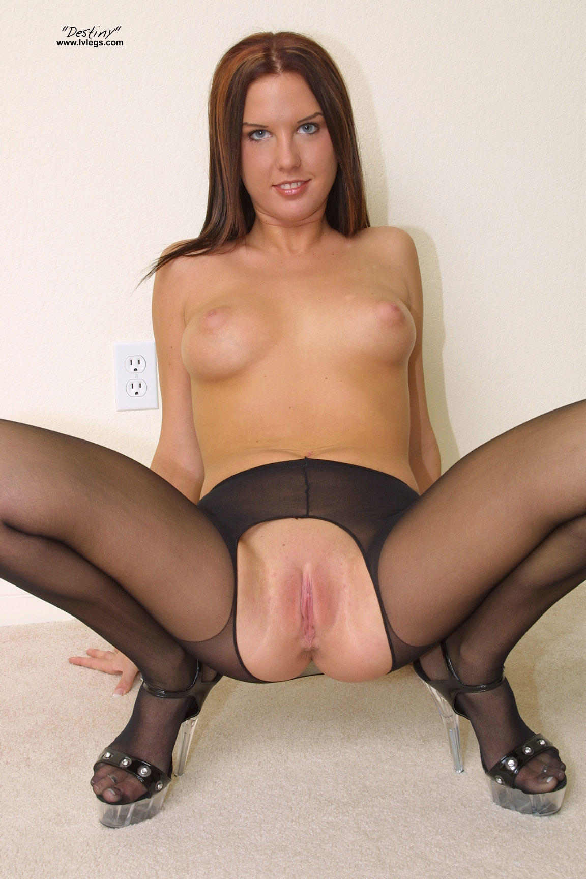 dildo-crotchless-pantyhose-porn-cute-long