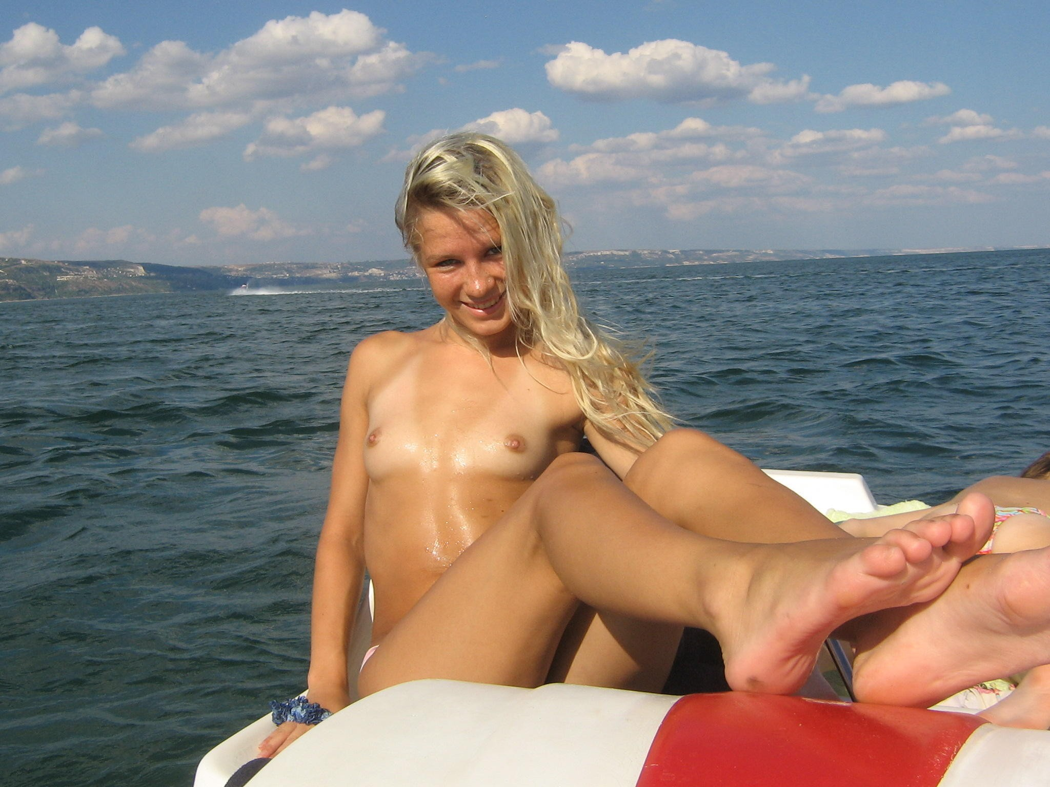 Hard fucking topless woman on a boat amputee girls