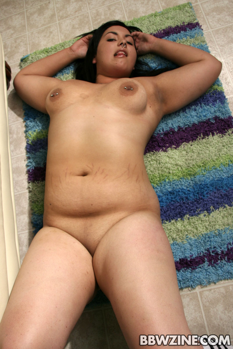 amateur Naked chubby latina