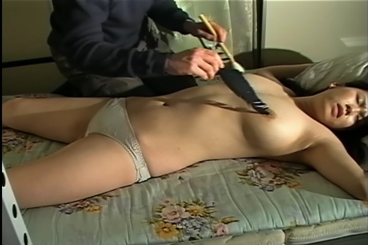 tickle sex torture gekrümmter penis