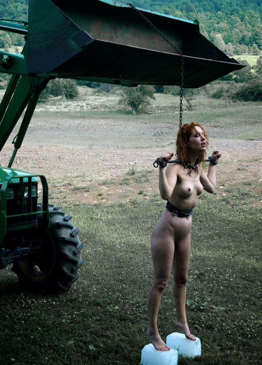 Hot rods and naked girl pic