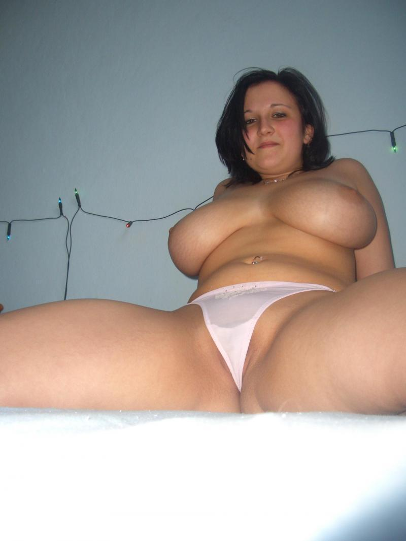 chubby, fat, bbw amateurs - a pussy spread wide open and ready