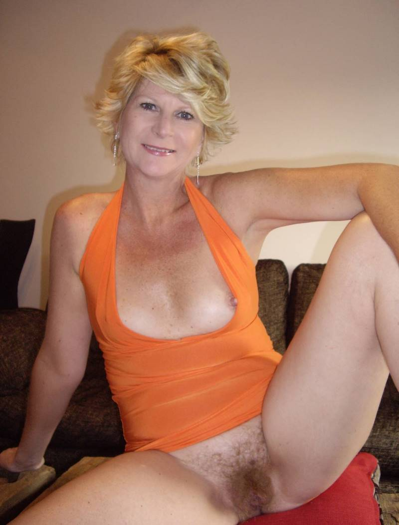Mature woman hairy movies