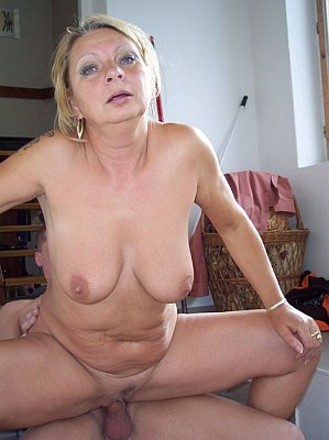 Share your Horny amateur grannies have hit