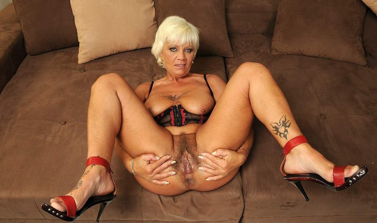 grannies Gray nude hair mature
