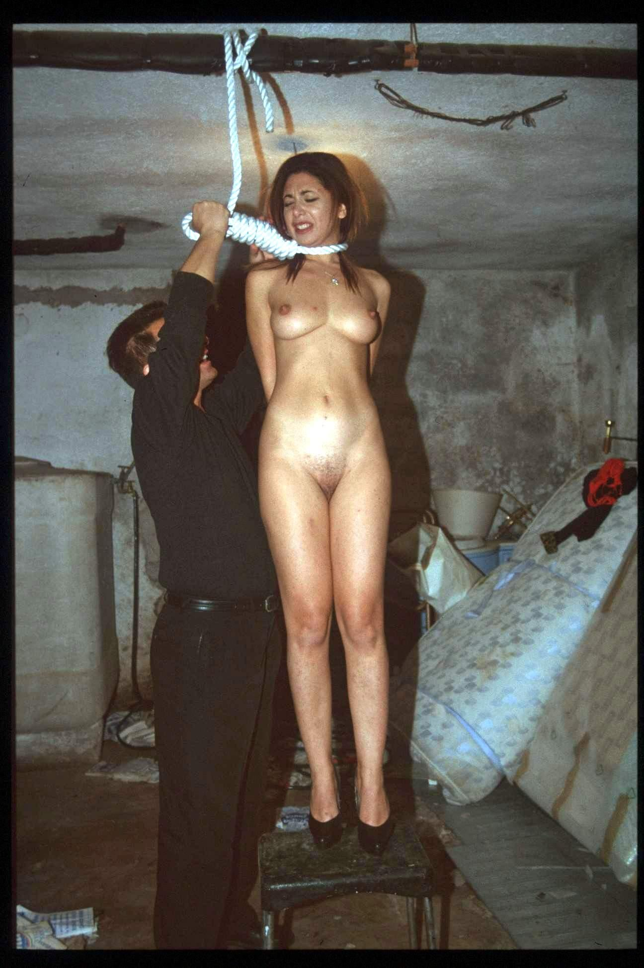 Hanged by neck execution porn smut pics