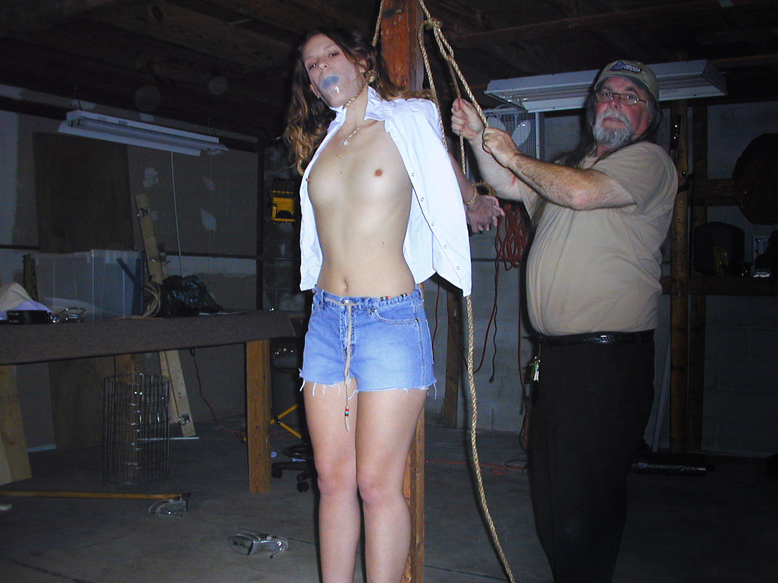 breath play hanging Bdsm